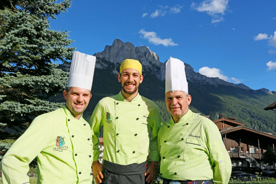 Staff ristorante Hotel La Grotta