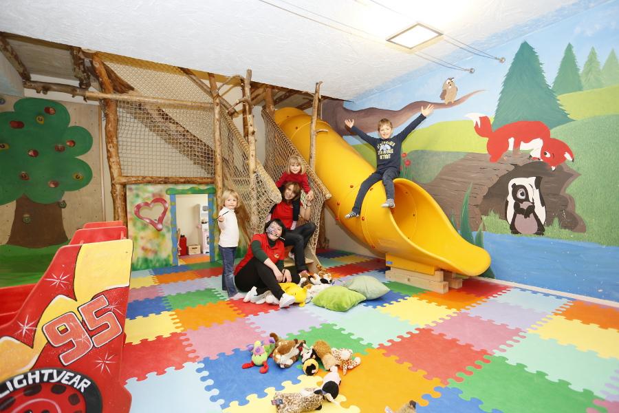 Sala Giochi Bimbi : Hotel trentino con sala giochi per bambini gran baita